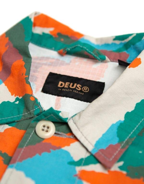 Deus Ex Machina Särgid Larry Jungle Särk Multi Camo