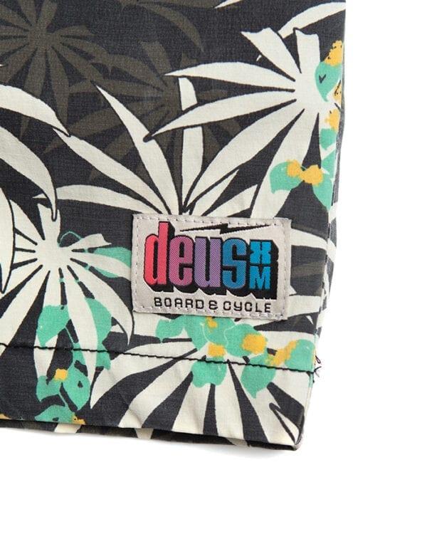 Deus Ex Machina Pants Sandbar Monkey Puzzle shorts
