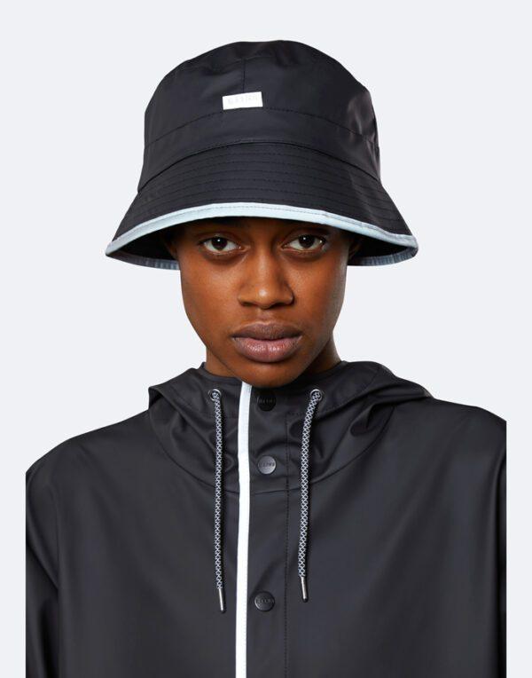 Rains  ja Aksessuaarid  Bucket Hat Black Reflective 2001-70