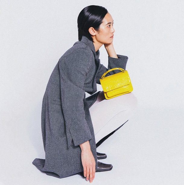 HVISK is a 100% vegan, sustainable and fair trade brand for women's handbags, wallets and crossbody bags