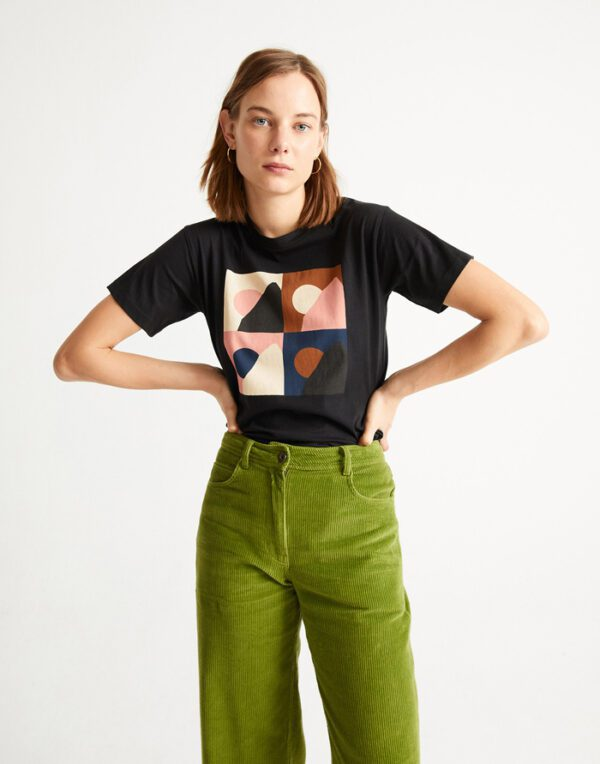 Thinking MU Women Black Med T-shirt